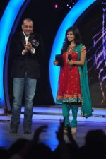 Sunny Leone, Sanjay Dutt On the sets of Bigg Boss 5 with Players star cast on 31st Dec 2011 (225).JPG