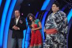 Sunny Leone, Yamamotoyama, Sanjay Dutt On the sets of Bigg Boss 5 with Players star cast on 31st Dec 2011 (211).JPG