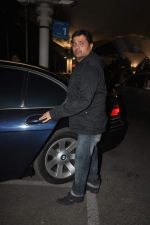 Himesh Reshammiya returns from their vacation on 2nd Jan 2012 (18).JPG