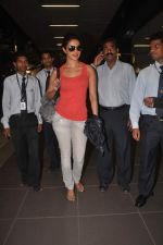 Priyanka Chopra returns from their vacation on 2nd Jan 2012 (28).JPG