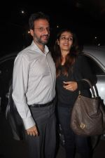 Raveena Tandon returns from their vacation on 2nd Jan 2012 (29).JPG