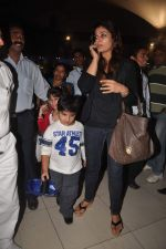 Raveena Tandon returns from their vacation on 2nd Jan 2012 (32).JPG