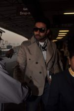 Abhishek Bachchan with Players stars snapped at airport in Mumbai on 3rd Jan 2012 (20).JPG