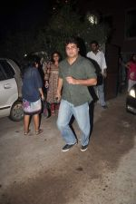 Ayub Khan at designer Niharika Khan_s house bash in Yari Road on 3rd Jan 2012 (45).JPG
