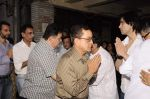Rishi Kapoor at Sunil and Dharmesh Darshan_s dad_s prayer meet in Santacruz on 3rd Jan 2012 (81).JPG