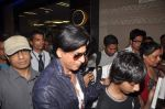 Shahrukh Khan return from Dubai on 3rd Jan 2012 (66).JPG