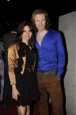 Shama Sikander, Alex O Neil at Mangiamo restaurant launch in Bandra, Mumbai on 3rd Jan 2012 (54).JPG