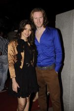 Shama Sikander, Alex O Neil at Mangiamo restaurant launch in Bandra, Mumbai on 3rd Jan 2012 (56).JPG