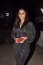 Vidya Balan at designer Niharika Khan_s house bash in Yari Road on 3rd Jan 2012 (35).JPG