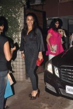Vidya Balan at designer Niharika Khan_s house bash in Yari Road on 3rd Jan 2012 (46).JPG