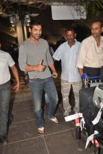 John Abraham snapped at the airport in Mumbai on 4th Jan 2012 (14).jpg