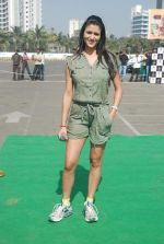 Shilpa Saklani at Survivor promotional event in Inorbit Mall on 6th Jan 2012 (51).JPG