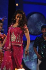 Madhuri Dixit at Umang Police Show 2012 in Mumbai on 7th Jan 2012 (141).JPG