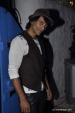 Akashdeep Saigal at the Launch of Dabboo Ratnani_s Calendar 2012 in Mumbai on 9th Jan 2012 (84).JPG