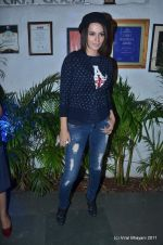 Kangna Ranaut at the Launch of Dabboo Ratnani_s Calendar 2012 in Mumbai on 9th Jan 2012 (112).JPG