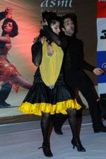 Smiley Suri at Ageless Dance show by Sandip Soparrkar in Sheesha Sky Lounge Gold on 10th Jan 2012 (55).JPG