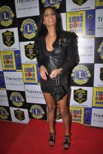 Poonam Pandey at Lions Gold Awards in Mumbai on 11th Jan 2012 (128).JPG