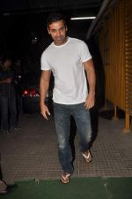 John Abraham at a private screening in Bandra, Mumbai on 12th Jan 2012 (24).JPG