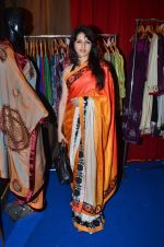 bhagysahree at Kaali Puri_s book at FICCI Flo exhibition in ITC Parel on 12th Jan 2012.JPG