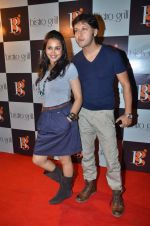 gurdeep kohli with arjun punj at Captain Vinod Nair and Tulip Joshi_s Army Day in Bistro Grill, Juhu on 13th Jan 2012 (41).JPG