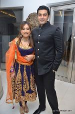 Sanober Kabir, Rajeev Singh at Zulfi Syed_s wedding reception on 15th Jan 2012 (73).JPG
