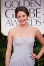 at 69th The Golden Globes Awards on 15th Jan 2012 (32).jpg