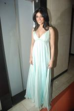 Koena Mitra at the launch of Looks Cosmetic Clinic in Lokhandwala on 17th Jan 2012 (15).JPG
