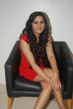 Rajnigandha at the launch of Rajnigandha_s album in Planet M on 18th Jan 2012 (57).JPG