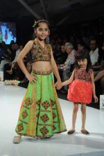 Kids walk the ramp for Nishka Lulla Show at Kids Fashion Week day 3 on 19th Jan 2012 (19).JPG