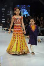 Kids walk the ramp for Nishka Lulla Show at Kids Fashion Week day 3 on 19th Jan 2012 (24).JPG