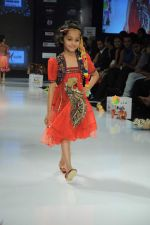 Kids walk the ramp for Nishka Lulla Show at Kids Fashion Week day 3 on 19th Jan 2012 (36).JPG