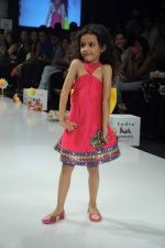 Kids walk the ramp for Nishka Lulla Show at Kids Fashion Week day 3 on 19th Jan 2012 (42).JPG