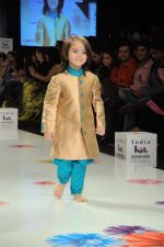 on Day 3 at India Kids Fashion Show in Intercontinental The Lalit on 19th Jan 2012 (26).JPG