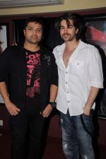 Himesh Reshammiya and Neil Mukesh record a song in MHADA on 23rd Jan 2012 (14).JPG