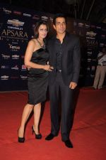 Sonu Sood at the 7th Chevrolet Apsara Awards 2012 Red Carpet in Yashraj Studio, Mumbai on 25th Jan 2012 (177).JPG