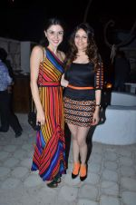 sherry shroff with shubhika sharma at the launch of ZYNG calendar in Olive on 26th Jan 2012 (130).JPG