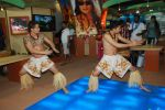 Hawaiin dancers at Maui Jim sunglasses launch in NSE Goregaon on 30th Jan 2012 (22).JPG