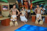 Hawaiin dancers at Maui Jim sunglasses launch in NSE Goregaon on 30th Jan 2012 (24).JPG