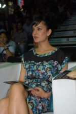 Kangna Ranaut at Venky_s Mumbai Fighters and Bangkok Elephants match in Inorbit Mall, Mumbai on 3rd Feb 2012 (30).JPG