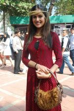 Nandini Singh at Mcdowell Signature Derby day 1 in RWITC on 5th Feb 2012 (206).JPG