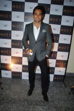 Rahul Khanna at Moet & Chandon valentine Party in Mumbai on 9th Feb 2012 (75).JPG