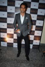 Rahul Khanna at Moet & Chandon valentine Party in Mumbai on 9th Feb 2012 (76).JPG