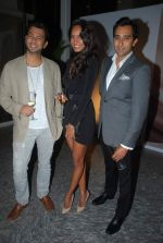Rahul Khanna, Lisa Haydon at Moet & Chandon valentine Party in Mumbai on 9th Feb 2012 (10).JPG