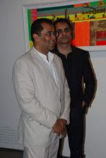 Chetan BHagat at Trishla Jain_s art event in Mumbai on 10th Feb 2012 (48).JPG
