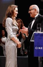 Angelina Jolie at Cinema for Peace in Berlin on 13th Feb 2012 (15).JPG