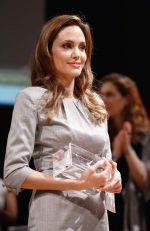 Angelina Jolie at Cinema for Peace in Berlin on 13th Feb 2012 (17).JPG
