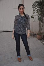 Kareena Kapoor promotes Ek Main Aur Ekk Tu at Bheegi Billi of 9X Music on 16th Feb 2012 (21).JPG