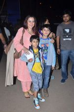 snapped at Ali Zafar concert for Bomaby Times in Bandra Fort, Mumbai on 24th Feb 2012 (18).JPG