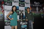 Simran Kaur Mundi, Baichung Bhutia unveil Carlsberg Euro Cup in Manchester United Cafe, MUmbai on 26th Feb 2012 (33).JPG