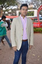 at Poonawala breeders Multi Million race in Mumbai on 26th Feb 2012 (173).JPG